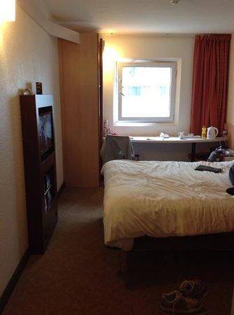 Ibis London Wembley: view of room