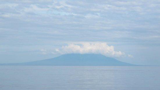 Biorock Pemuteran bali: Volcano on East Java