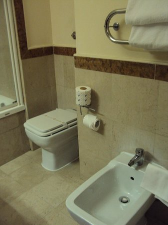 Hotel Villa Grazioli : Ванная комната