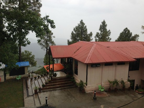 Arcadian Blue Pines Resort - Murree: Main building (having the reception, conference room, and dining hall)