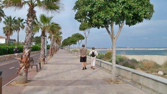 Estival Eldorado Resort: promenade