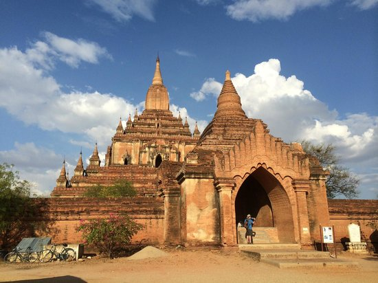 Temples de Bagan : This is one of the temple in Bagan.