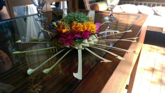 Cili Emas Oceanside Resort: Zimmerdekoration