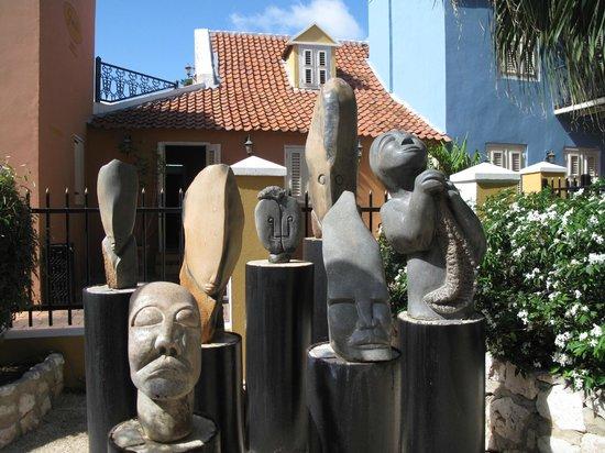 Kura Hulanda Museum: art
