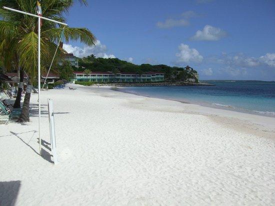 Pineapple Beach Club Antigua: View from Beachfront Room