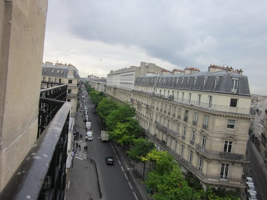 Paris France Hotel: view from room