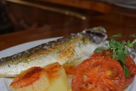La Placeta Restaurante: Lubina