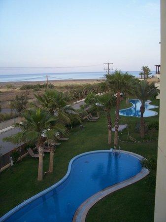 Atrium Palace Thalasso Spa Resort & Villas : View from side sea view room