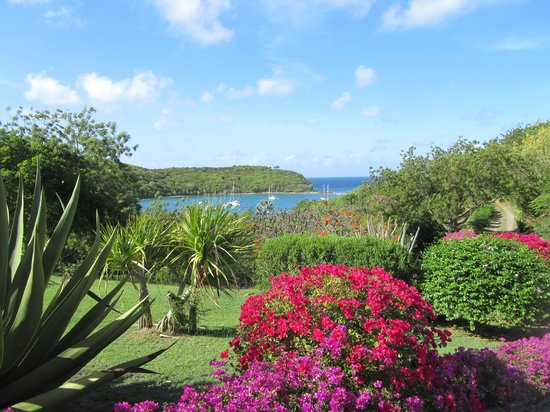 The Inn at English Harbour: Beautiful gardens