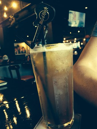 Hard Rock Cafe Bangkok : Awesome Long Island Ice Teas !