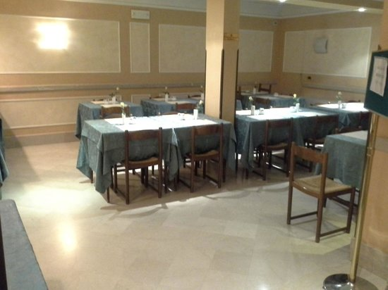 Hotel King, Rome: Most basic dining room and breakfast