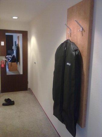 Guennewig Kommerz Hotel: Useless lengthy corridor
