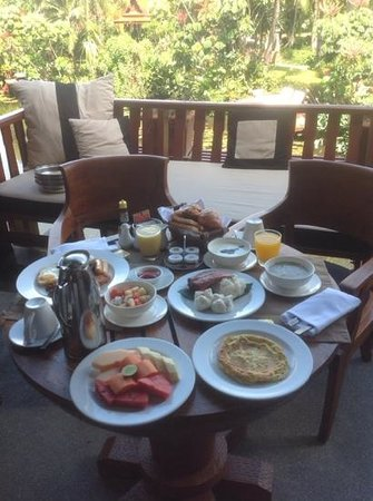 Anantara Hua Hin Resort: breakfast in Lagoon room