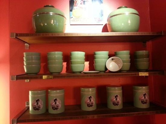 Monsieur Vuong: Items for sale
