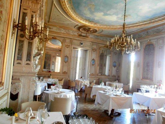 Château de Cîteaux La Cueillette : salle à manger