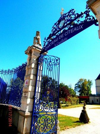 Chateau de Citeaux La Cueillette: Entrée principale