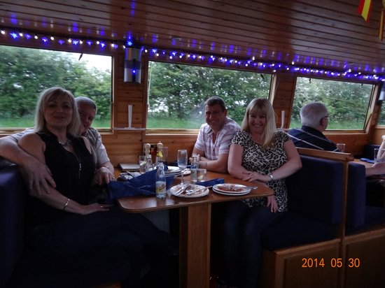 Canal Boat Cruises of Riley Green: Great Atmosphere