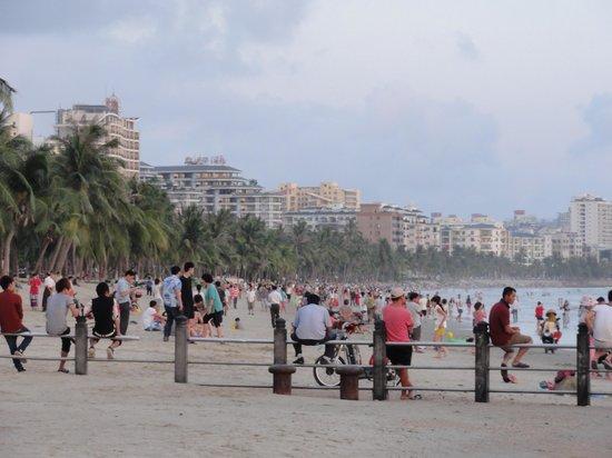 Sanya Bay: sanya beach evening
