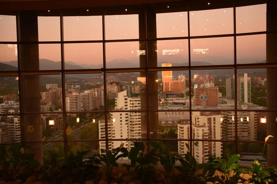 Hotel Santiago: Sunsetting over the city - views from the hotel
