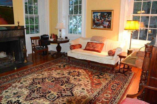Delano Homestead Bed and Breakfast: Aufenthaltsraum