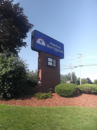 Americas Best Value Inn - East Syracuse: Worth a night sleep for sure.