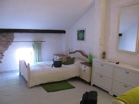 The Secret Garden Hostel: Loft room