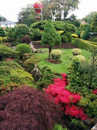Godshill Model Village: Stunning gardens
