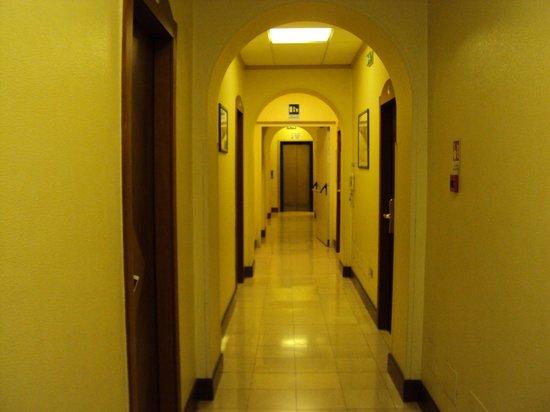 Hotel Villa Grazioli : Коридор 3 этажа