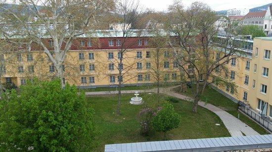 Austria Trend Parkhotel Schönbrunn Wien: View form room