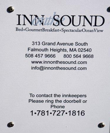 Inn on the Sound : Tafel am Eingang