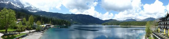 Eibsee Hotel: Just lovely- could sit there all day