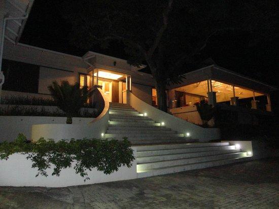 umSisi House: Entrance of House