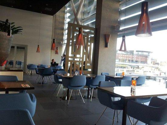 Room Mate Aitana: breakfast area
