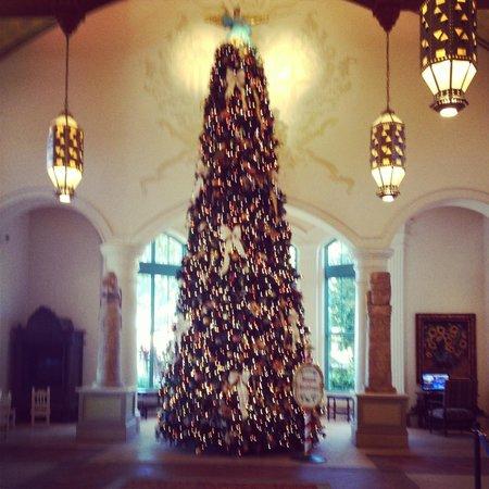 Disney's Coronado Springs Resort : lobby during Xmas Week