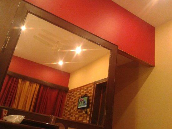 Hotel Varuna: Room no 106