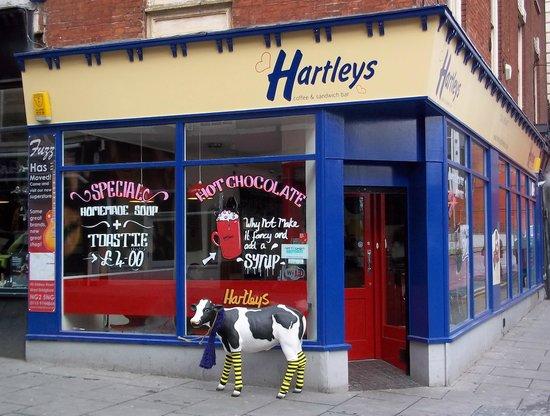 Hartleys Coffee & Sandwich Bar : Outside