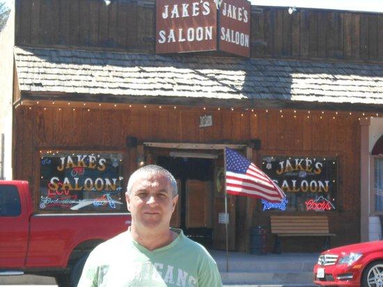 Lone Pine Creek: saloon