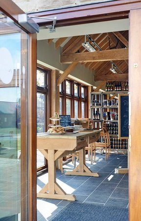 Ludlow Kitchen: Entrance