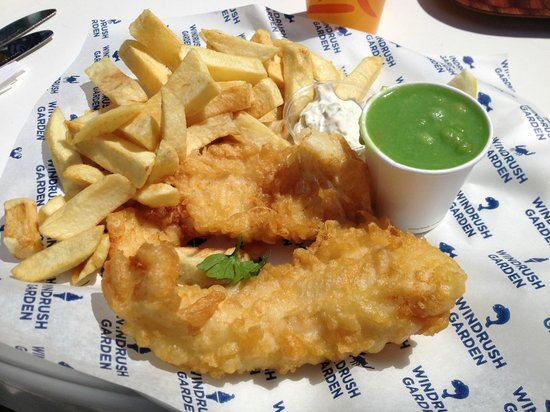 Windrush Garden Cafe & FIsh and Chip Takeaway : Fish n chips and mushy peas