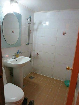 Goodstay Petercat Hotel Hongdae : Bathroom