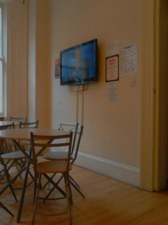 The Londonears Hostel : Sala de Refeições
