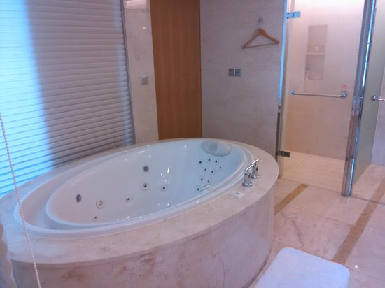 Sheraton Dameisha Resort, Shenzhen: ванна