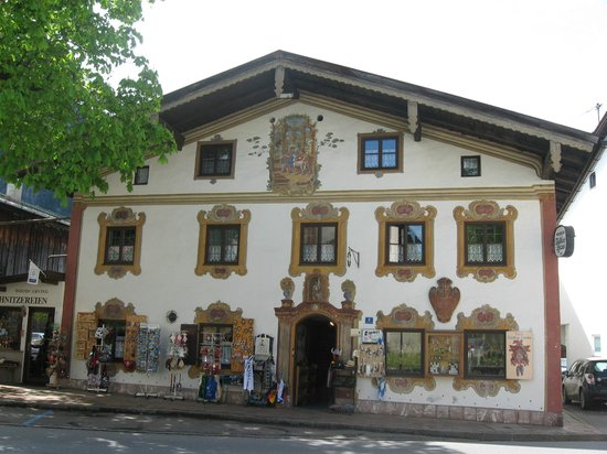 Pension Dedlerhaus: Front View of Inn