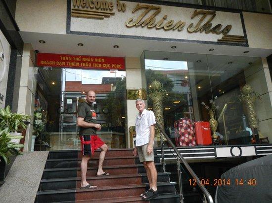 Thien Thao Hotel Ho Chi Minh City: front door