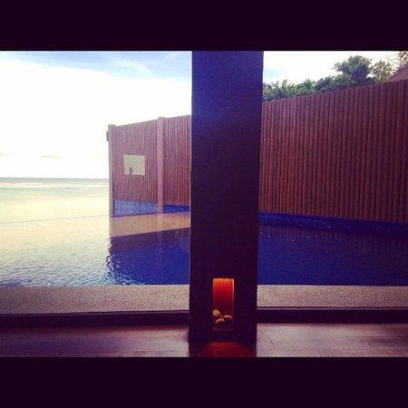 Eskaya Beach Resort & Spa: Handuraw Heaven!