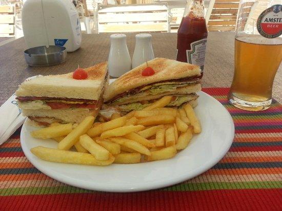Marina Plaza Hotel by Swiss-Belhotel : Club sandwich