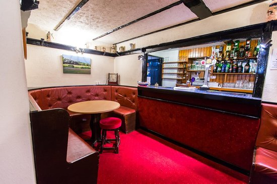 Le Chene Hotel: Bar
