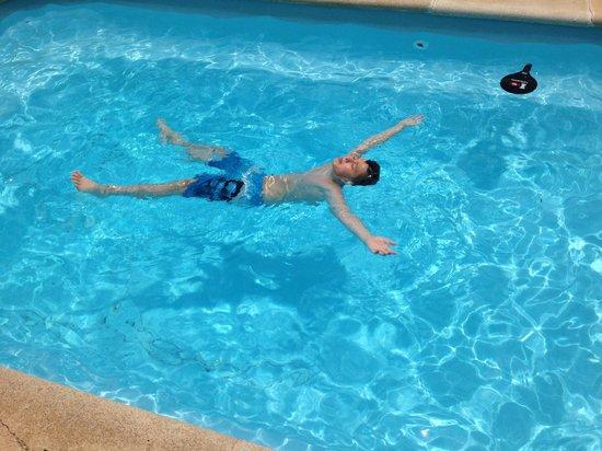 Sun Grove Villas & Spa: Lovely pool!