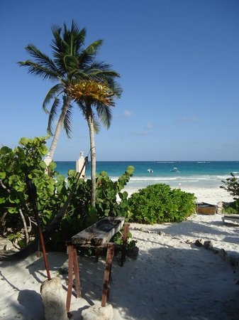 Playa Esperanza: What's there not to love?