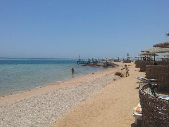 Sea Star Beau Rivage : Hotel beach